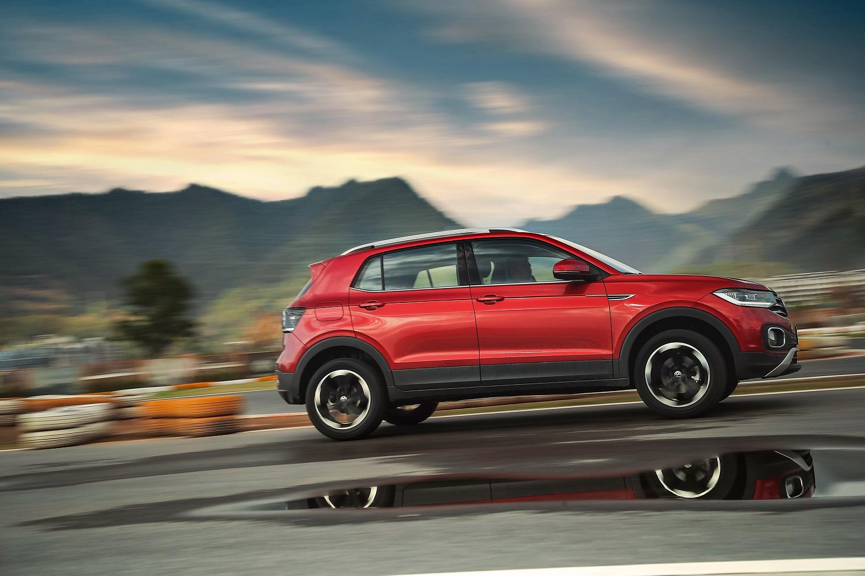 EPS电动随速转向,让车辆拥有出色的高速过弯性能以及精准的高速操控性