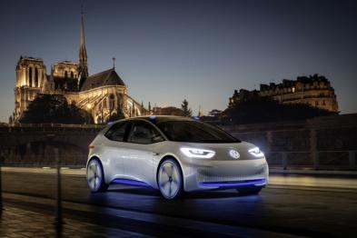 """大众CEO穆勒称""""未来可能会自建电池工厂"""""""