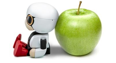 丰田推Kirobo迷你机器人,大小如苹果