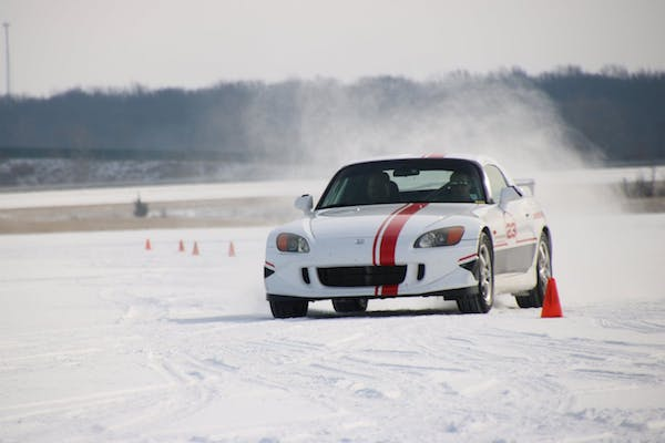 TRC内的雪地测试
