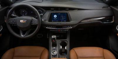 凯迪拉克推停车功能,未到目的地前就可预约停车位/支付停车费