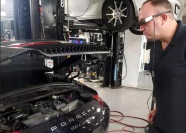 保时捷采用AR眼镜及互联技术提升维修服务