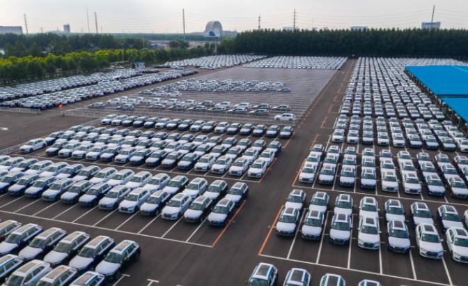 中汽协:6月汽车类零售额同比增长4.5%