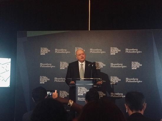 福特CEO吉姆·哈克特宣布协议