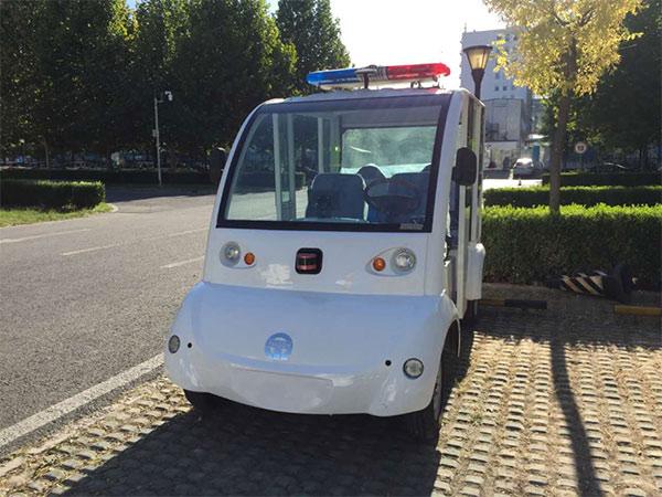现场无人驾驶创业公司天隼科技的无人驾驶接驳车上,使用了北科天绘已经量产的R-Fans-16做为主要传感器。