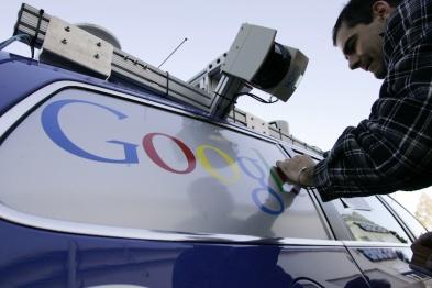 当你开上谷歌无人驾驶车,人不是人,车不是车