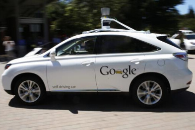自动驾驶汽车路线图:谷歌向左,车企向右