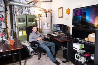 """从iPhone破解到自动驾驶:痴迷""""人工智能""""的天才少年想在ADAS领域超越Mobileye"""