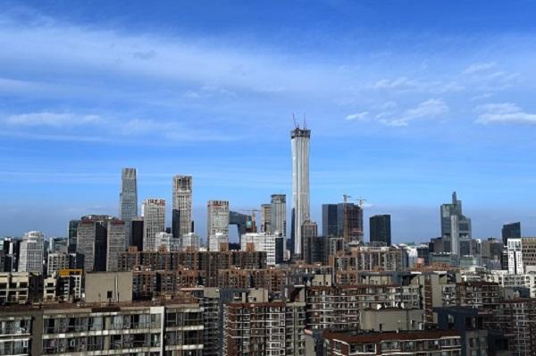 2018年1月30日,蓝天白云下的北京CBD。(新华社记者 罗晓光 摄)