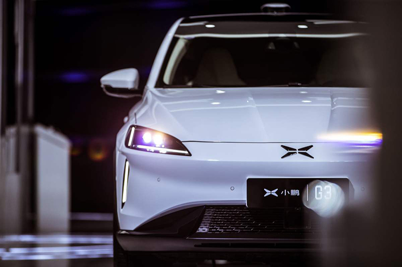 从自动泊车看小鹏如何重新定义智能电动汽车
