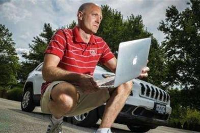 传奇黑客Charlie Miller:自动驾驶汽车可能会更安全?