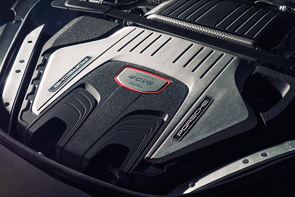 保时捷全新4.0T V8双涡轮增压发动机