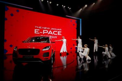 """捷豹路虎3款全新SUV发布,联手阿里百度推""""双擎双创""""出行战略"""