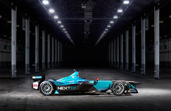 蔚来车队依然会保持独有的蓝色涂装