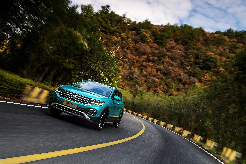 """""""T+D""""黄金动力总成,完美满足山路驾驶时的动力需求"""