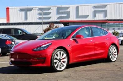 马斯克的现实与梦想:Model 3 Performance亚洲首试