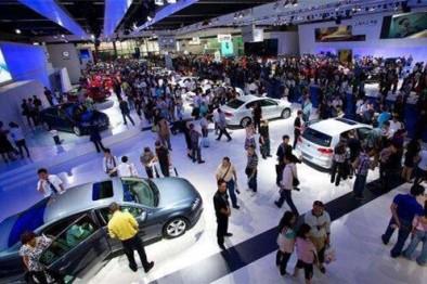 汽车之家AR网上车展带你体验车展新玩法