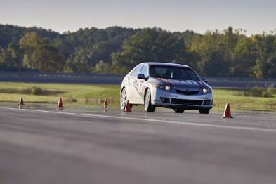如何为自动驾驶车辆搭建极端测试场景?