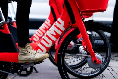 Uber或将自动驾驶技术整合到共享电动单车和滑板车项目