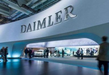 奔驰母公司采购230亿美元电池 计划大规模生产电动汽车
