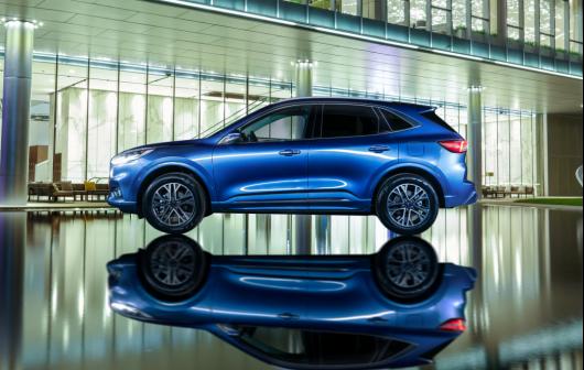 【长安福特新闻稿】全系四驱 18.98万元起 全新福特锐际Escape上市 新「法」三章定义中型四驱SUV高价值标杆2116.png