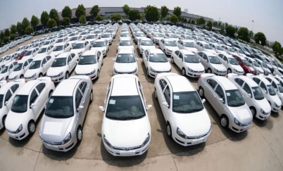 聪明的买车人丨一周新车快评:网红UNI-T、10万大空间的豪越和方盒子新宝骏E300