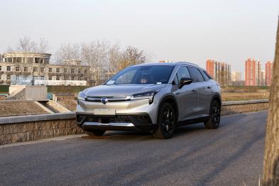 科技测测看丨弯折屏、L3级自动驾驶,Aion LX是不是过于浮夸了?