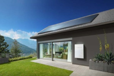 Tesla宣布收购SolarCity,短期内完成合并