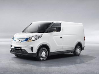 上汽大通EV30将今日上市,定位纯电物流车