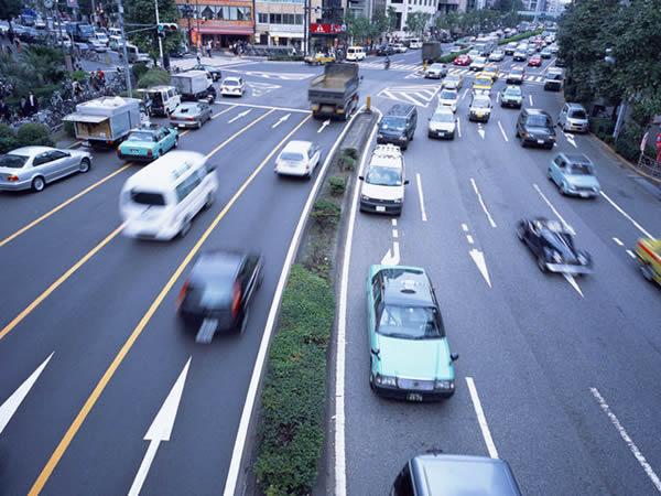 如何运用大数据来分析驾驶行为中的风险?