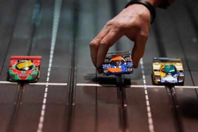 自动驾驶哪家强?6家车企&供应商上加州路测PK