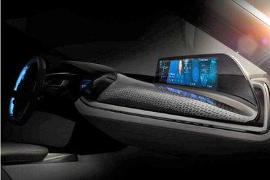 今年CES的宝马展台上,AirTouch手势控制和敞篷i8概念车最配