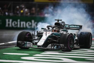 从赛道开进游戏机屏幕,疫情下F1有了新玩法?