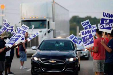 """""""玩垮""""底特律的美国工会到底什么来路?"""
