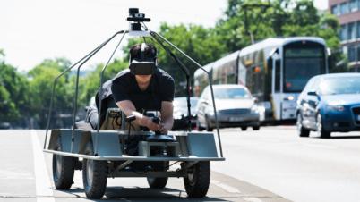 戴姆勒子公司的实验项目,要让你透过无人车的视角看世界