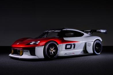 2021 IAA丨Mission R概念车,保时捷未来赛车的画面