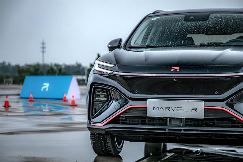 智能纯电SUV也要玩驾控?MARVEL R证明给你看