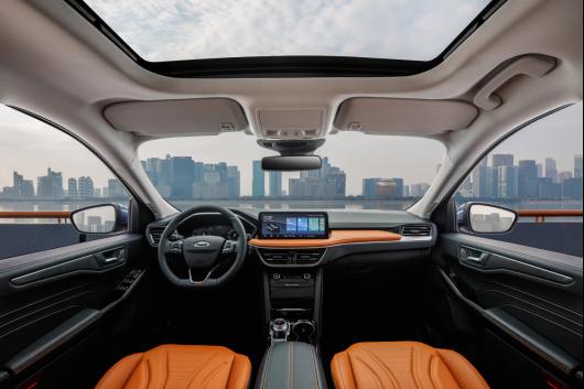 【长安福特新闻稿】全系四驱 18.98万元起 全新福特锐际Escape上市 新「法」三章定义中型四驱SUV高价值标杆2330.png