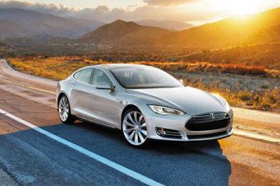 特斯拉召回全球所有9万辆Model S