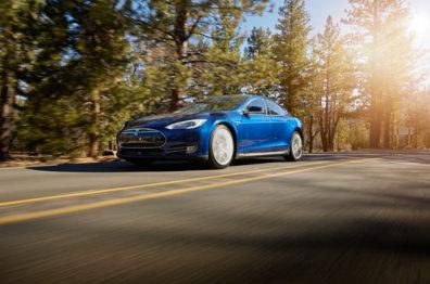 特斯拉7.1系统升级,带你感受智能汽车的温度