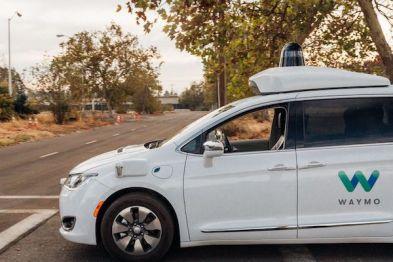 Waymo已经开始「无人」测试无人驾驶车了,你怕了么?