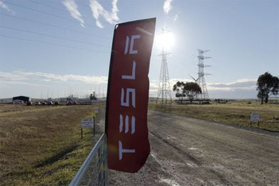 特斯拉在南澳大利亚建成全球最大锂电池