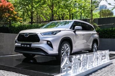 """全新第四代汉兰达设计解读:丰田最成功的SUV是否依旧""""无敌""""?"""