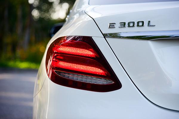 试驾奔驰E 300 L