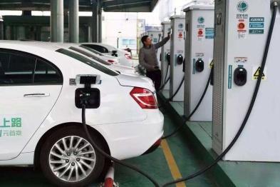 中日拟协商统一电动汽车充电器标准,为出台国际标准做准备