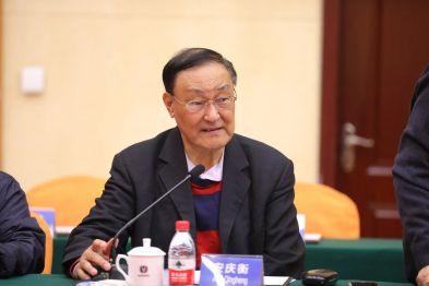 安庆衡:北京奔驰成立15年记