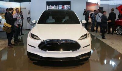 """Tesla与《纽约时报》陷入口水战,力图摆脱""""里程焦虑"""""""