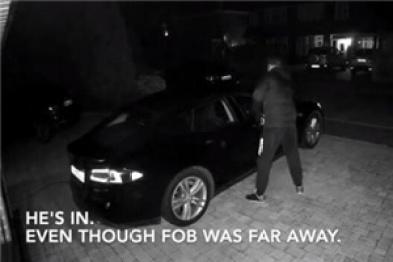 特斯拉车主公布Model S被盗视频,窃贼3分钟成功开走