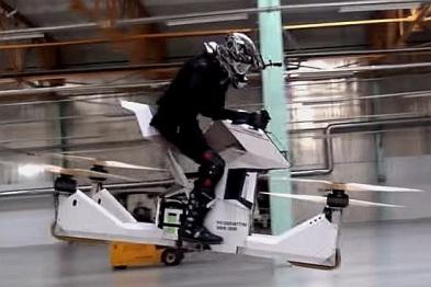 俄罗斯无人机公司打造飞行摩托,太燃了!