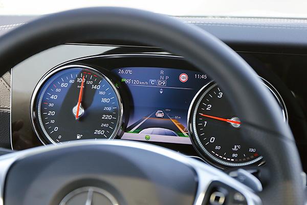 奔驰E300 Coupe